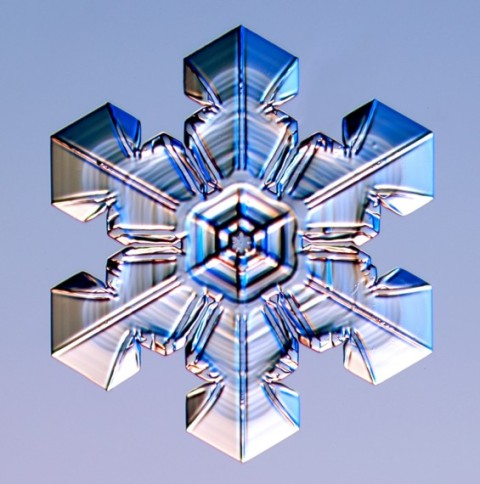Snowflake captured by Kenneth G. Libbrecht using a specially designed snowflake photomicroscope. SnowCrystals.com
