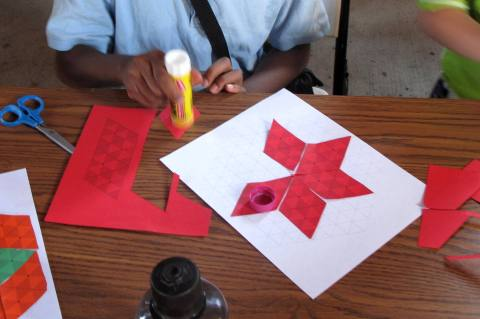 Building Stars and Hexagons with Regular Rhombuses