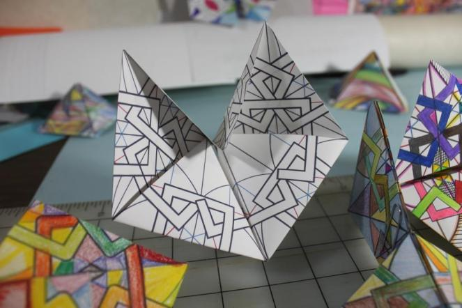 Paper Folding the Ferozkah Jaali